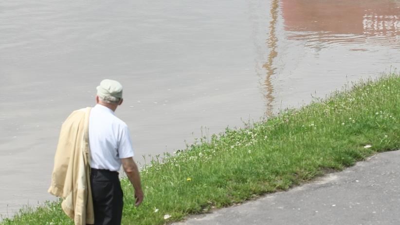 Po ulewach stany alarmowe na rzekach. Setki interwencji strażaków