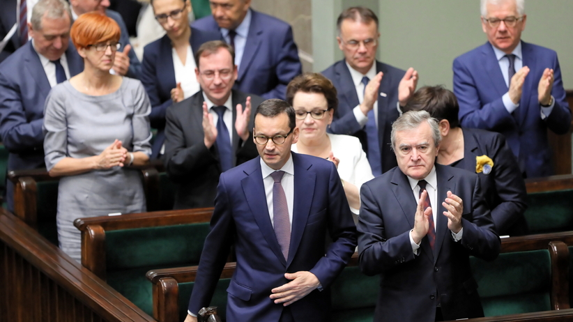 Ustawa o IPN przegłosowana. Ekspresowe tempo pracy Sejmu. Opozycja krytykuje