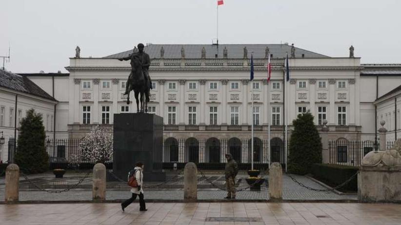 W oknie Pałacu Prezydenckiego zapłonęło Światło Wolności
