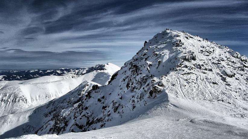Śnieg w Tatrach. Złe warunki turystyczne