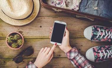 Wakacyjna łączność ze światem. TOP3 atuty internetu mobilnego