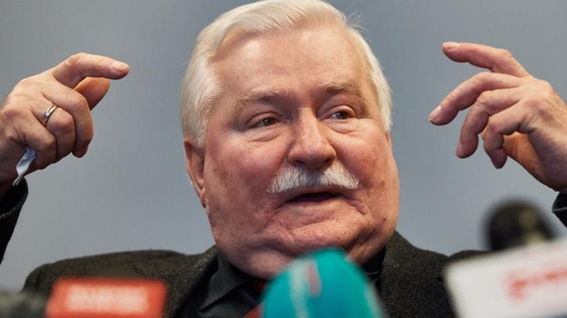 """Wałęsa znów szokuje. Stworzył listę """"szkodników niszczących Polskę"""""""