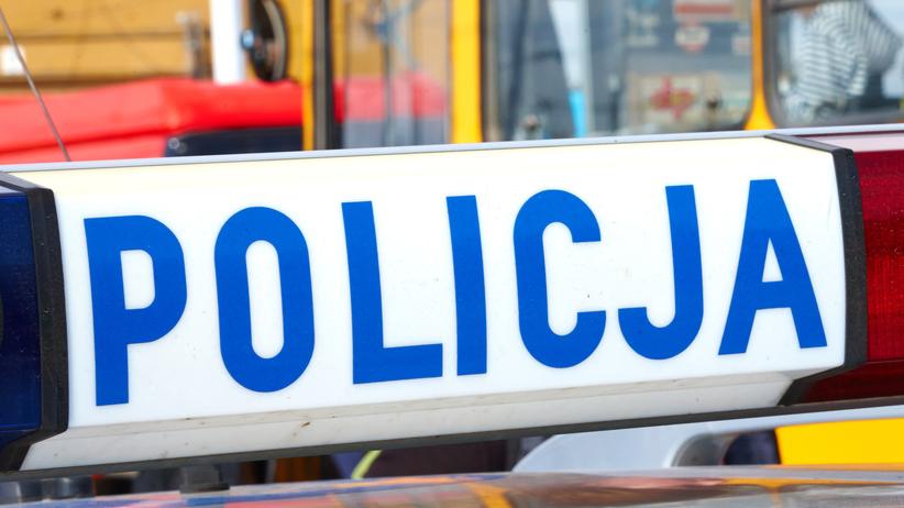 Warszawa: BMW wjechało w przystanek. Są ranni!