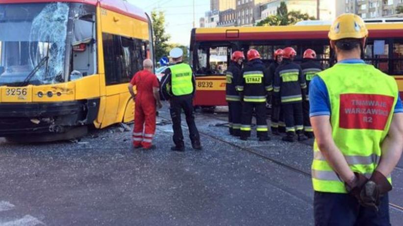 Kolejny wypadek w centrum Warszawy. Trzy osoby poszkodowane
