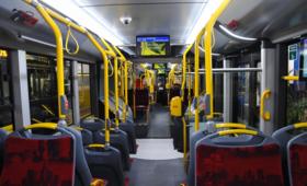 Ciało mężczyzny znaleziono w autobusie. Nie wiadomo, kim jest