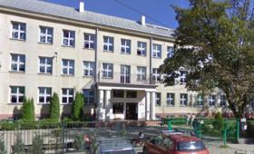 Kilkaset dzieci ewakuowano ze szkoły podstawowej