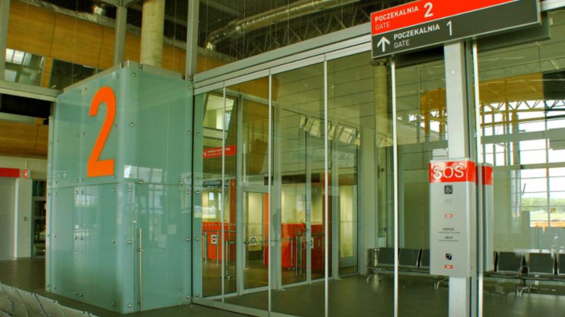 Kłopoty polskiego lotniska: ULC może zamknąć port