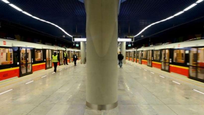 Wypadek na stacji metra Politechnika w Warszawie. Duże utrudnienia