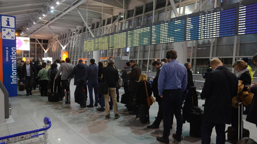 Warszawskie Lotnisko Chopina ponownie otwarte