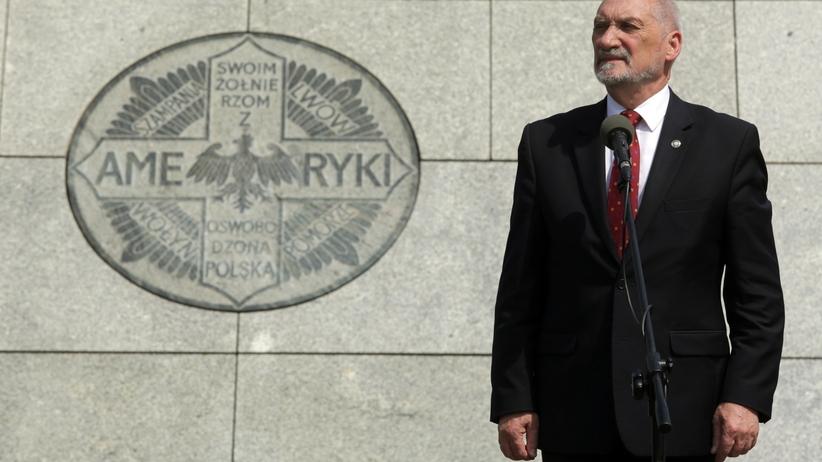 Macierewicz: rząd nie cofnie się z drogi reform wymiaru sprawiedliwości