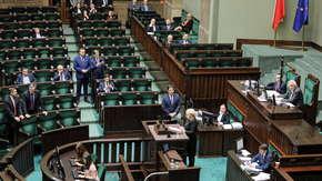Wicemarszałek Terlecki wykluczył posłankę PO-KO z obrad Sejmu. Chwilę później zmienił zdanie