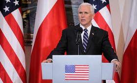 """Wiceprezydent USA cytuje Wałęsę, chwali """"polską oazę wolności"""" i przekazuje pozdrowienia od przyjaciela. Mija pierwszy dzień wizyty Pence..."""