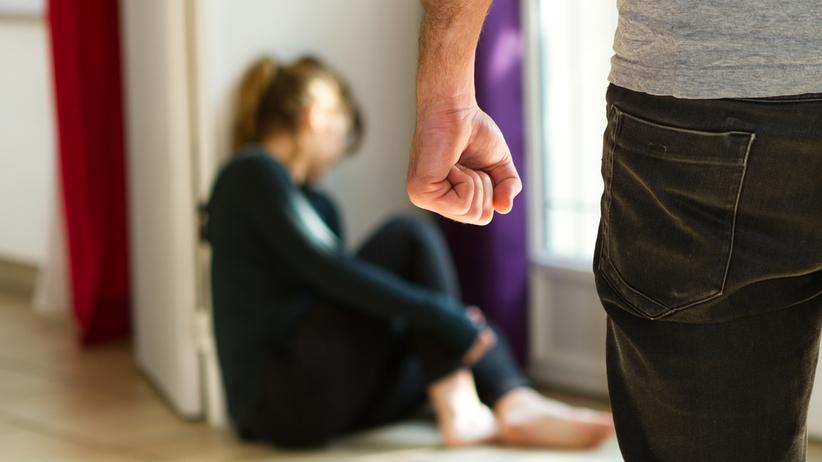 Wielkopolska. Przez 18 lat mężczyzna znęcał się nad żoną i dziećmi