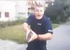 Policjant mierzył z pistoletu do mężczyzny. Skandal po interwencji policji w Kole [WIDEO]