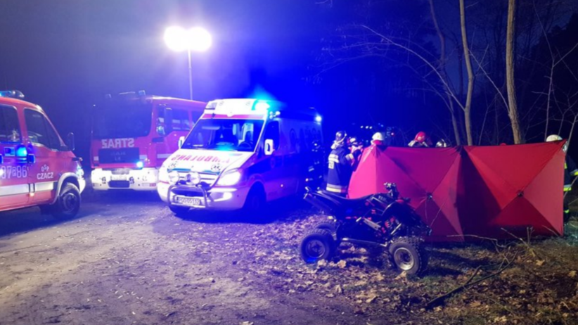Tragiczny wypadek quada. Kierowca uderzył w drzewo