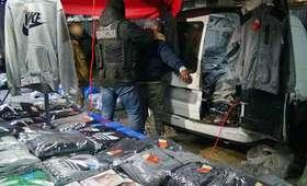 Wólka Kosowska: Zlikwidowano wielki bazar podróbek markowych towarów