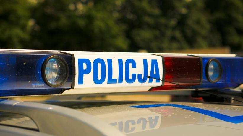Pijani nastolatkowie pobili policjanta
