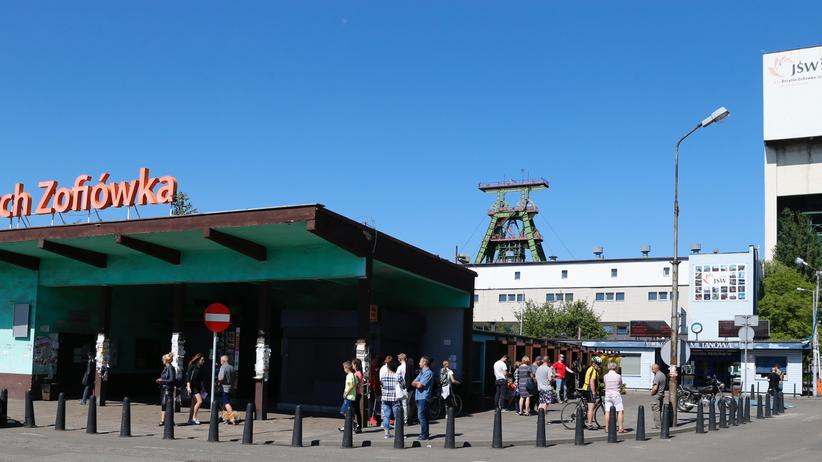 Wstrząs w kopalni Zofiówka: odnaleziony przez ratowników górnik nie żyje. To już druga ofiara