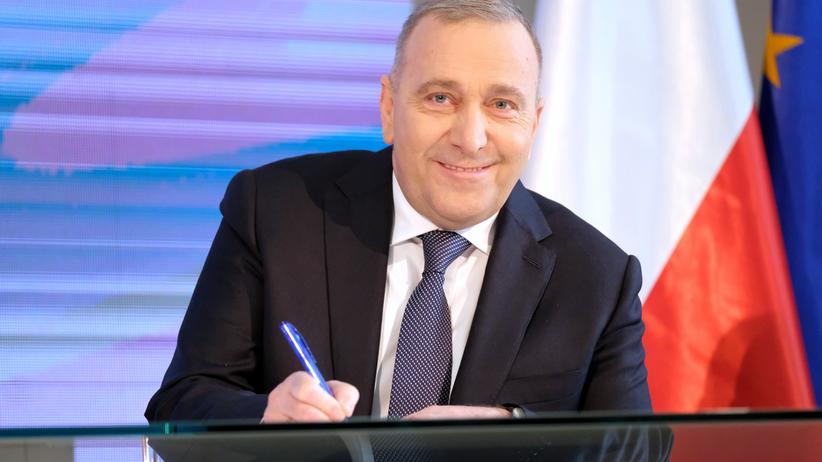 """Schetyna ogłasza """"jedynki"""" na listach Koalicji Europejskiej. """"To naprawdę drużyna gwiazd"""""""