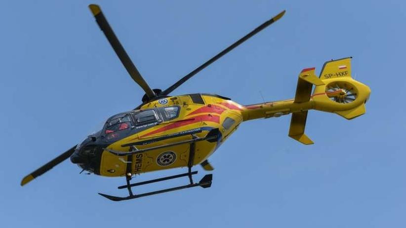 Poważny wypadek na A2. Lądował śmigłowiec pogotowia ratunkowego [WIDEO]