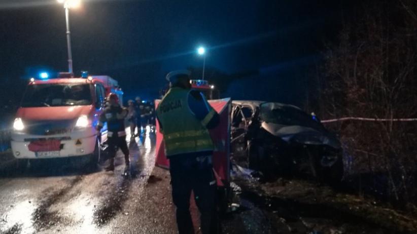 Tragedia na DK521. Policja ujawnia, kim są ofiary wypadku