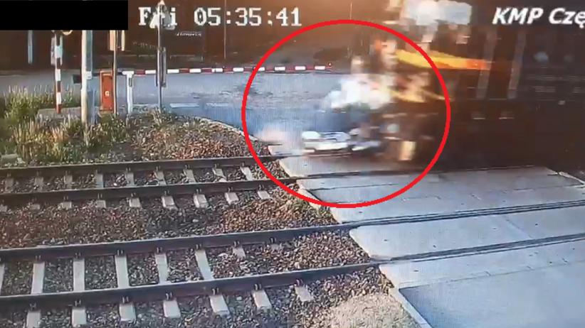Wypadek na przejeździe kolejowym. Policja publikuje film ku przestrodze [WIDEO]