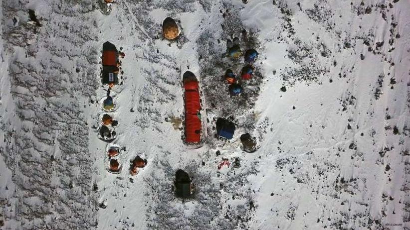 Fronia nadal w bazie. Złe warunki atmosferyczne na K2