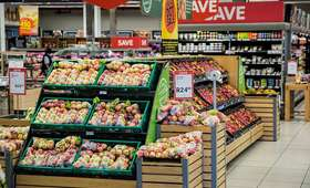 W sklepach zostawimy więcej pieniędzy. Jakie produkty zdrożeją?