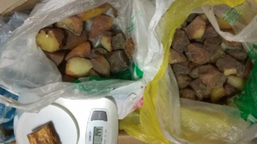 Wietnamczyk ukradł w Polsce... ponad 30 kilogramów bursztynu
