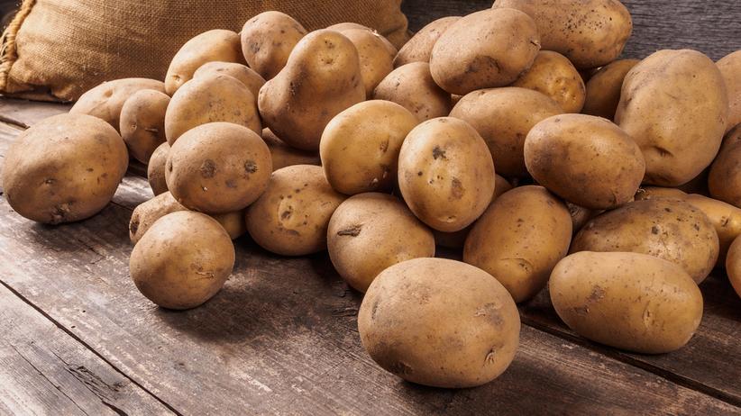 Tak markety oszukują nas na ziemniakach. Rząd bierze się za to