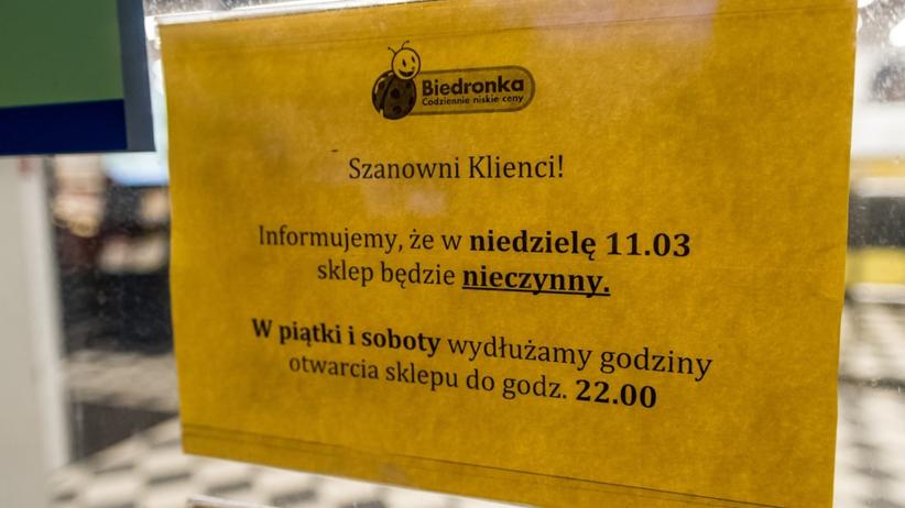 Zakaz handlu, Biedronka