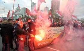 Kulisy decyzji premiera i prezydenta. W marszu mieli uczestniczyć neofaszyści z wielu krajów