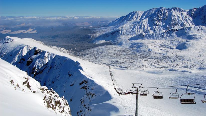 Halny szaleje w Tatrach. Stanęła kolejka na Kasprowy Wierch
