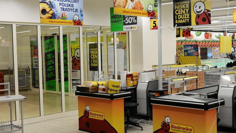 Zakupy w Biedronce w niedzielę tylko z biletem? Niejasności wokół ustawy o zakazie handlu