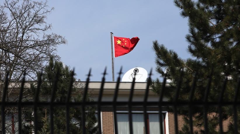 Zatrzymanie Weijinga W. pod zarzutem szpiegostwa. Reakcja chińskich władz