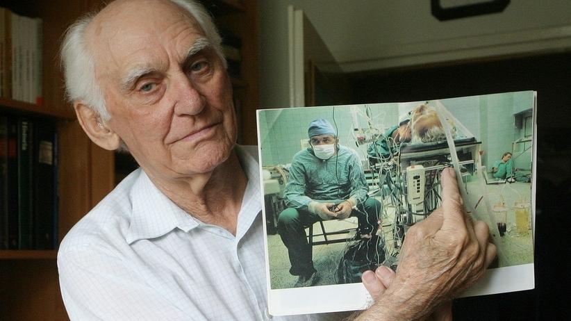 Zmarł najdłużej żyjący pacjent po przeszczepie wykonanym przez Zbigniewa Religę