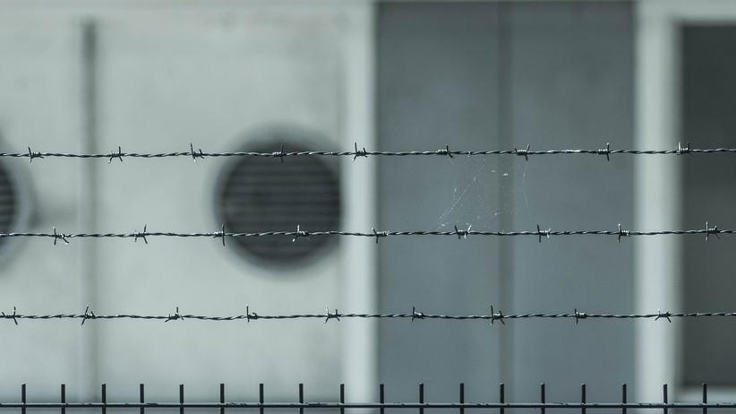 News Radia ZET: Zostanie zlikwidowanych 14 aresztów i więzień