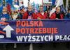 Związkowcy protestują w Warszawie. Walczą o godne płace przed Kancelarią Premiera [WIDEO]