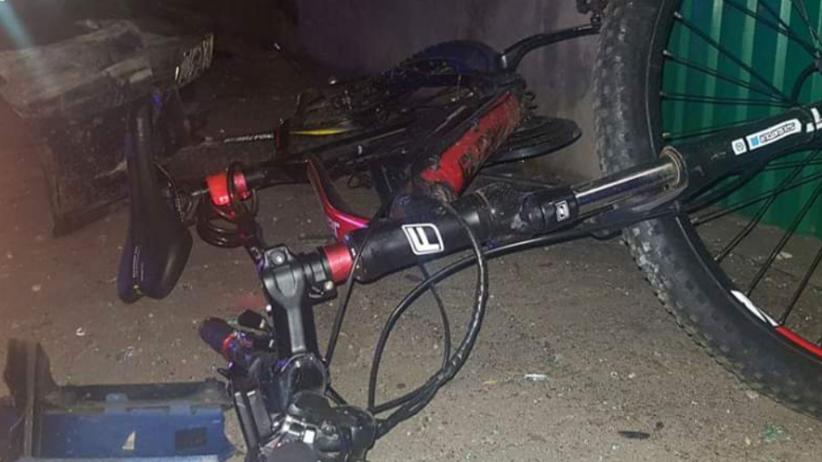 Pijany kierowca wjechał w pieszych na chodniku. Wśród rannych nastolatkowie i kobieta [FOTO]