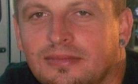 Znaleziono zwłoki 38-latki. Policja poszukuje jej męża. Ma zarzut zabójstwa