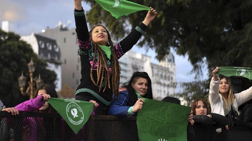 Argentyna: Izba Deputowanych przyjęła projekt legalizacji aborcji