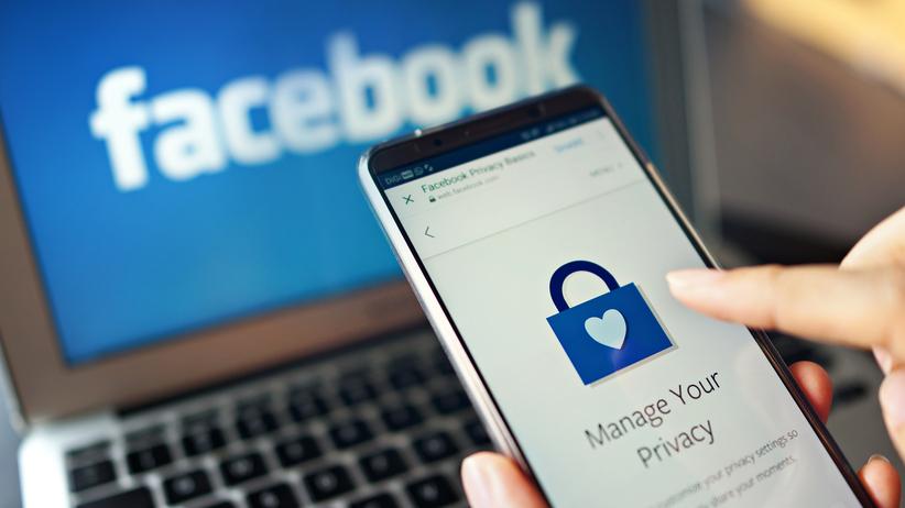 Atak hakerów na Facebooku! Wyciekły prywatne wiadomości
