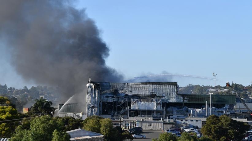 Australia walczy z pożarami. Potężny ogień zagraża setkom ludzi