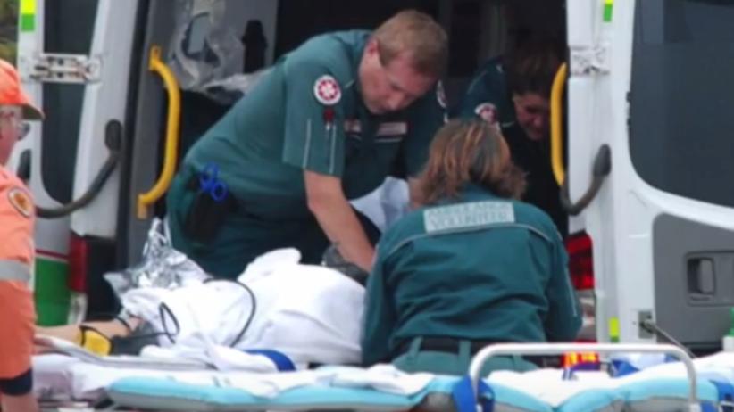Młoda surferka śmiertelnie zraniona przez rekina na oczach rodziny [WIDEO]