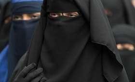 Austria zakazuje noszenia burki w miejscu publicznym
