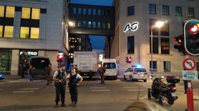 Belgia: Napastnik z maczetą zaatakował patrol wojskowy