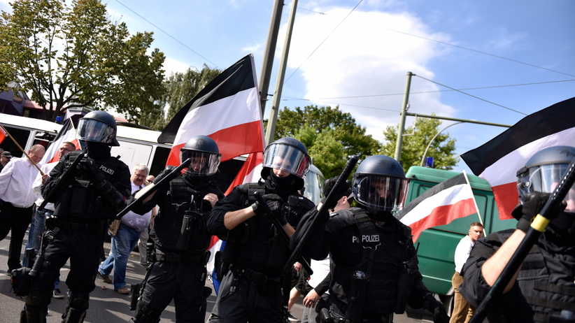 Wyszli upamiętnić Rudolfa Hessa. Zamieszki na ulicach Berlina