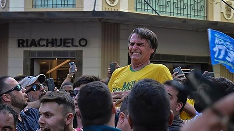 Brazylia. Kandydat na prezydenta Jair Bolsonaro ugodzony nożem