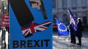 Brexit. Rząd brytyjski planuje ograniczyć pracę migrantom w Zjednoczonym Królestwie