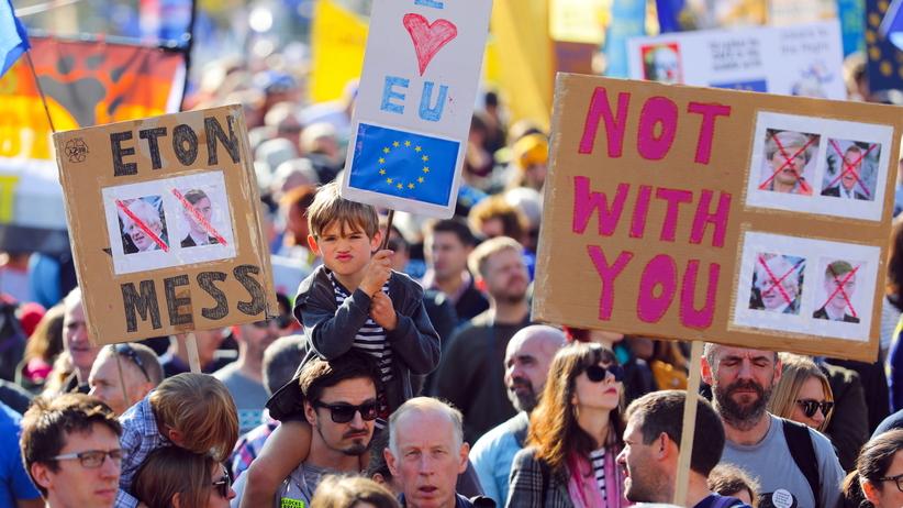 Brexit. Setki tysięcy ludzi w Londynie apelowało o kolejne referendum